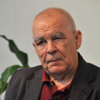 El escritor Gonzalo Hidalgo Bayal. Foto: Carlos Santiago.