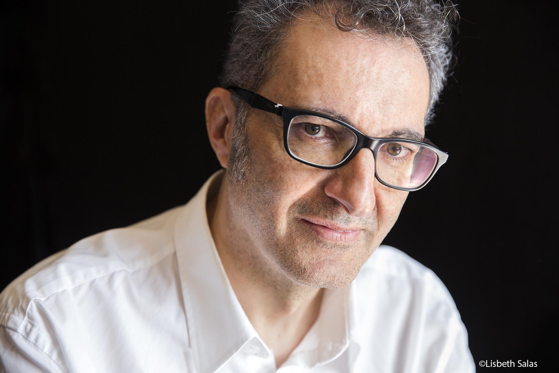 El escritor Eloy Tizón. Foto: Lisbeth Salas.