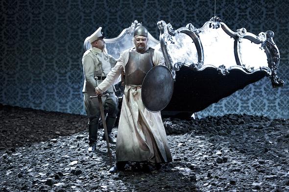 Un momento de la representación de El gallo de oro en el Teatro de la Monnaie de Bruselas. Foto: Matthias Baus   La Monnaie
