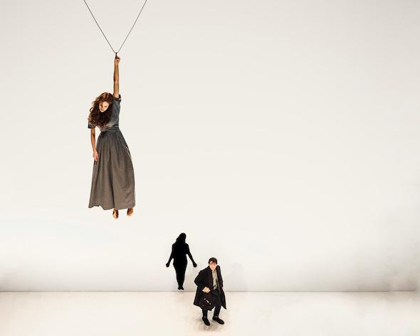 Un momento del espectáculo de Romeo Castellucci en el Festival Temporada Alta de Girona. Foto: Guido Mencari.
